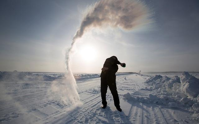 Cuộc sống trong nhiệt độ -40 độ C tại thành phố lạnh nhất thế giới - 4