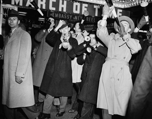 Tại sao người Mỹ làm lễ hạ quả cầu pha lê trong đêm Giao thừa? - 7