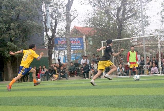 Giám đốc BV Thể thao Việt Nam chỉ ra những rủi ro khi chơi bóng đá phong trào - 1