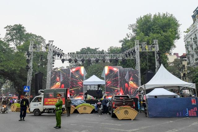 Những điểm xem countdown 2020 đông vui nhất ở Hà Nội - 8