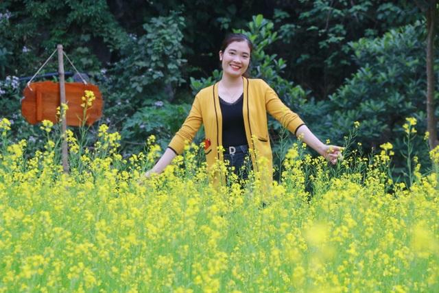 Vườn hoa cải rực vàng đẹp mê hồn khiến du khách nao lòng ở Thung Nham - 9