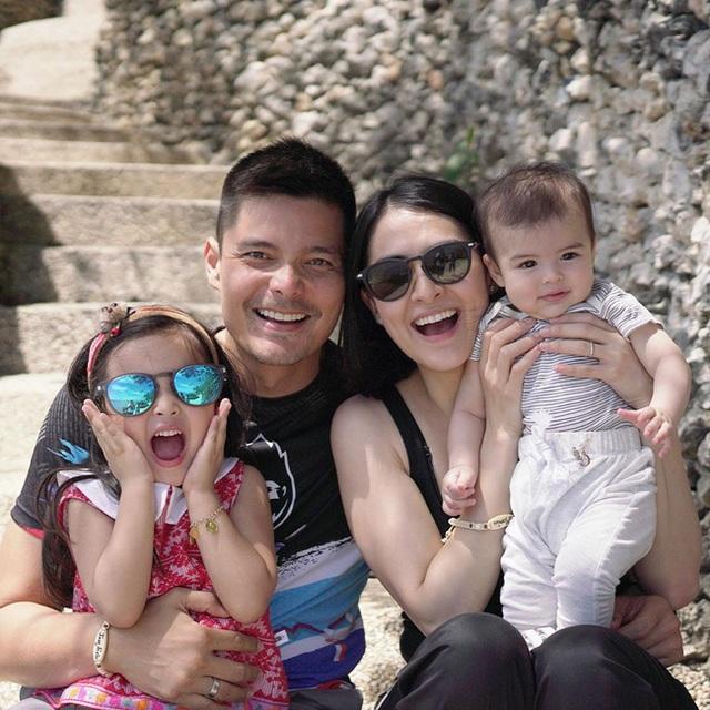 Vợ chồng mỹ nhân đẹp nhất Philippines hạnh phúc kỷ niệm ngày cưới - 5