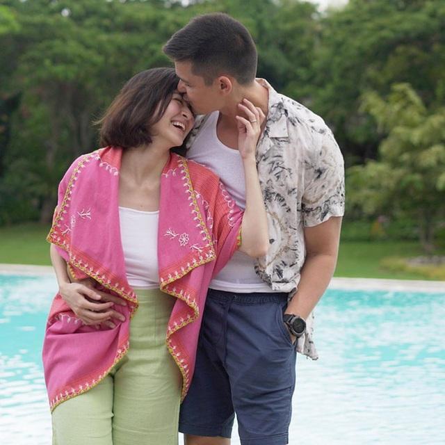 Vợ chồng mỹ nhân đẹp nhất Philippines hạnh phúc kỷ niệm ngày cưới - 2