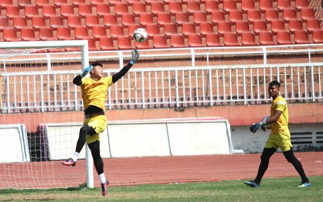U23 Việt Nam đội nắng tập luyện trong ngày cuối cùng của năm 2019 - 14