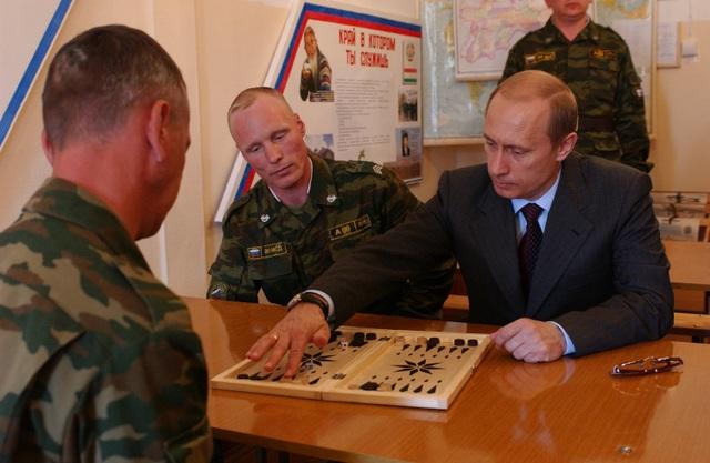 Chùm ảnh chưa từng được công bố của Tổng thống Nga Putin - 10