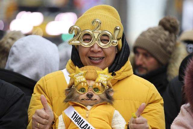 Những thói quen đón năm mới kỳ lạ trên thế giới - 1