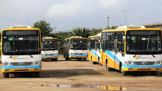 Đà Nẵng: Tài xế xe buýt ngừng việc tập thể vì ...bị nợ lương, chậm đóng BHXH - 2