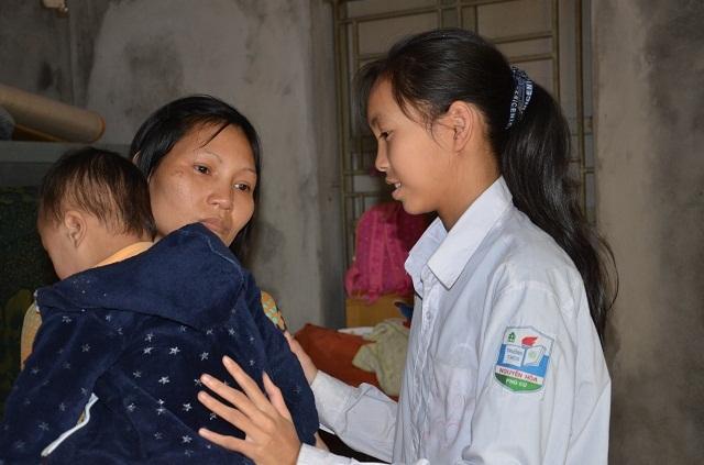 Bà mẹ đơn thân ôm con trai không có hậu môn sống cơ cực trong đói nghèo - 6