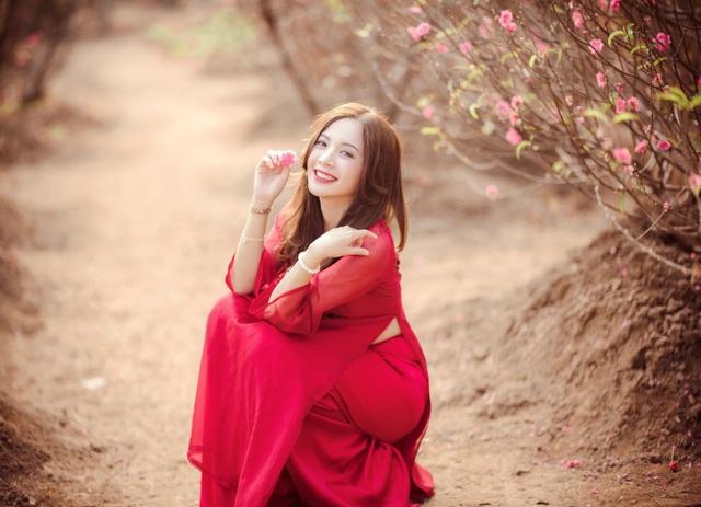 Thiếu nữ Hà thành khoe sắc bên vườn đào ngày Xuân - 5