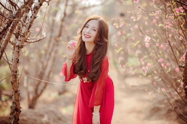 Thiếu nữ Hà thành khoe sắc bên vườn đào ngày Xuân - 6