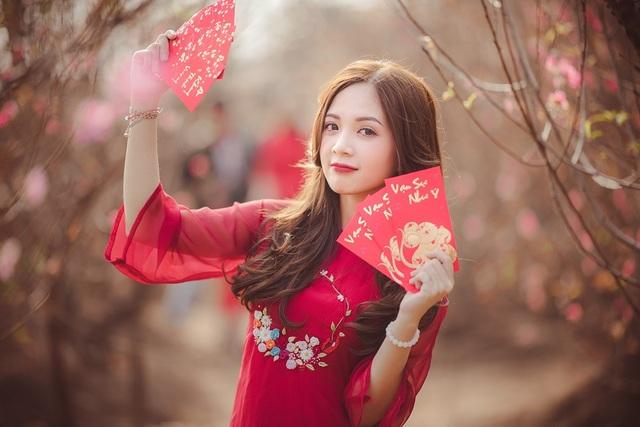 Thiếu nữ Hà thành khoe sắc bên vườn đào ngày Xuân - 7