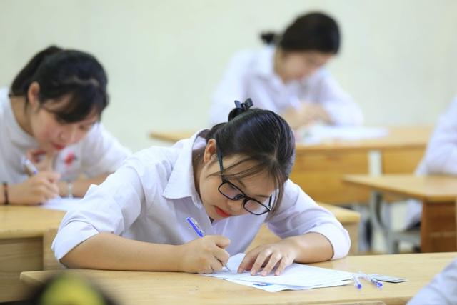 Tuyển sinh năm 2020: Xu hướng giảm chỉ tiêu xét điểm thi THPT quốc gia - 1