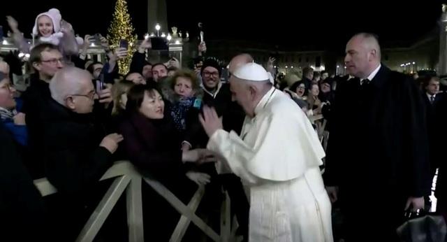 Khi Giáo hoàng nổi giận…