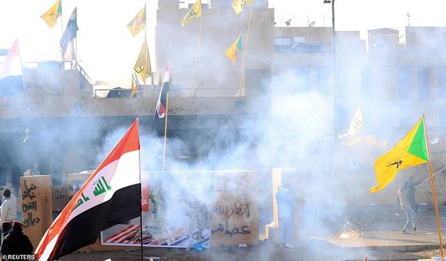 Đại sứ quán Mỹ ở Iraq tan hoang sau vụ tấn công của người biểu tình - 9