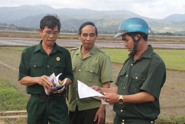 Cựu chiến binh vận động dân gom vỏ thuốc bảo vệ thực vật để bảo vệ môi trường - 4