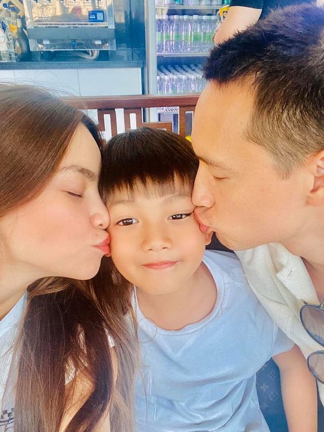 Không phủ nhận tin đồn mang thai - Hồ Ngọc Hà ngọt ngào bên Kim Lý - 1
