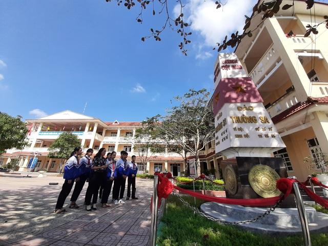 Ngôi trường đặt tên 16 lớp học theo các đảo ở Trường Sa, Hoàng Sa - 5