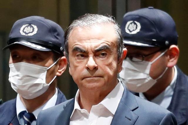Cựu chủ tịch Nissan gặp Tổng thống Lebanon sau cuộc đào tẩu khiến Nhật mất mặt - 2