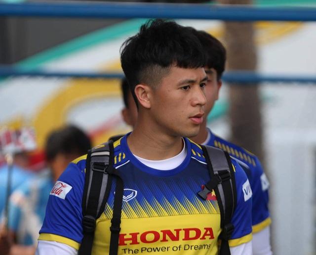 Đình Trọng buồn bã vì lỡ cơ hội dự giải U23 châu Á 2020