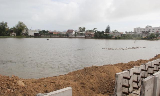 """Phú Yên: Liên công trình gây ngập úng, nguy cơ mất """"chén cơm"""" của hàng trăm hộ dân - 2"""