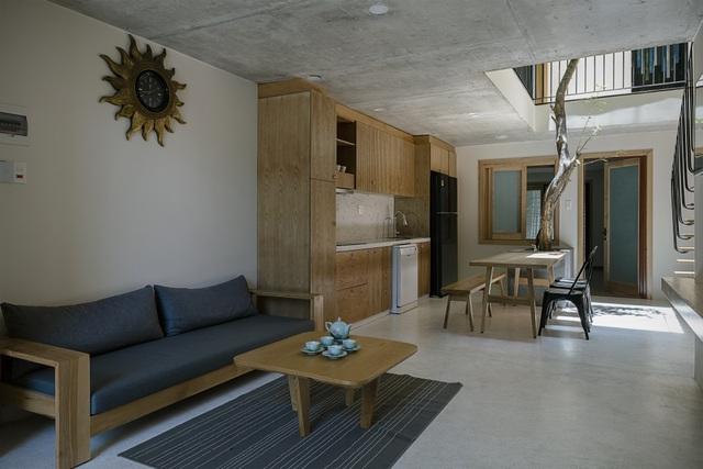 """Căn nhà ở Đà Nẵng gây """"sốt"""" với cách xây dựng """"nhà trong nhà"""" độc nhất VN - 8"""