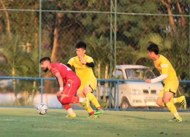 Đình Trọng bất ngờ đá chính, U23 Việt Nam thua U23 Bahrain - 2