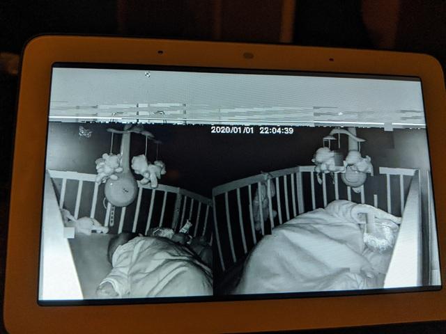 Camera giám sát của Xiaomi dính lỗi nghiêm trọng, trình chiếu nội dung như... phim kinh dị - 1