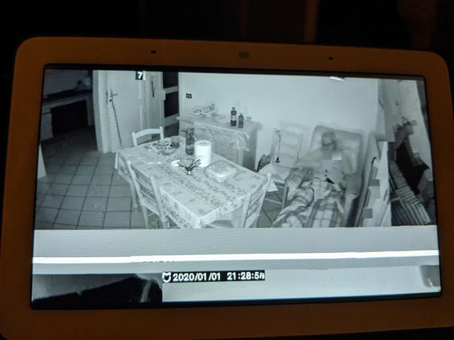 Camera giám sát của Xiaomi dính lỗi nghiêm trọng, trình chiếu nội dung như... phim kinh dị - 3