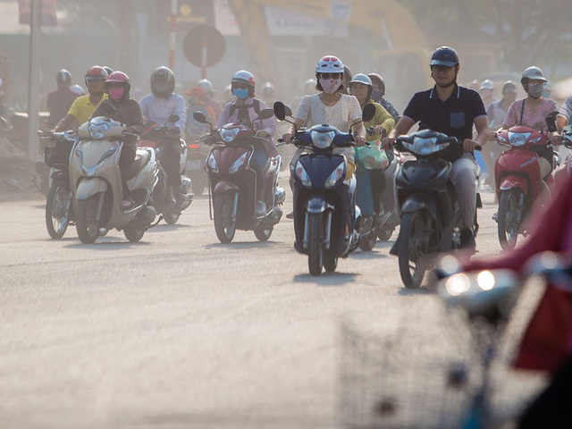Xe điện 2 bánh thay thế xe máy truyền thống, giảm tác hại đến môi trường - 1
