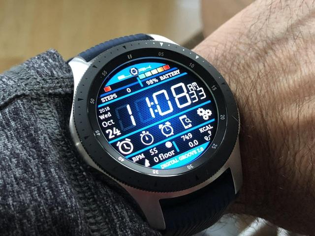 Những mẫu đồng hồ thông minh tốt nhất năm qua - 3