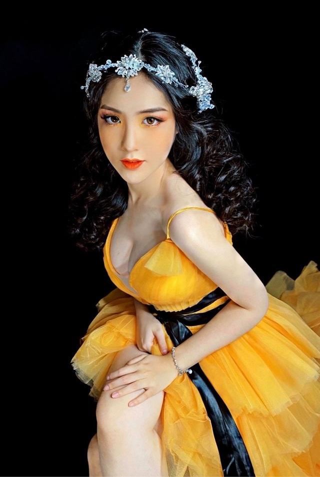 Nữ sinh lai Việt - Trung xinh đẹp, sở hữu vòng eo 56cm  - 5