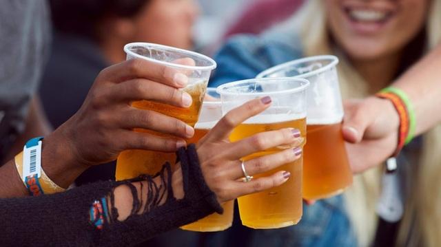 Tối nay uống bia, ngày mai đừng lái xe? - 1