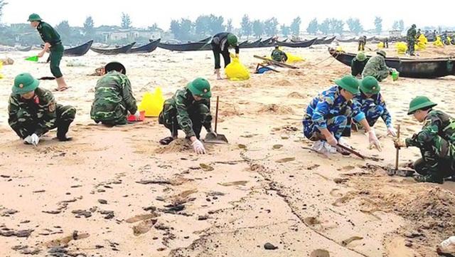 Tàu Thái Lan chìm tại biển Vũng Áng: Sẽ hút hết 178 tấn dầu trước Tết - 2