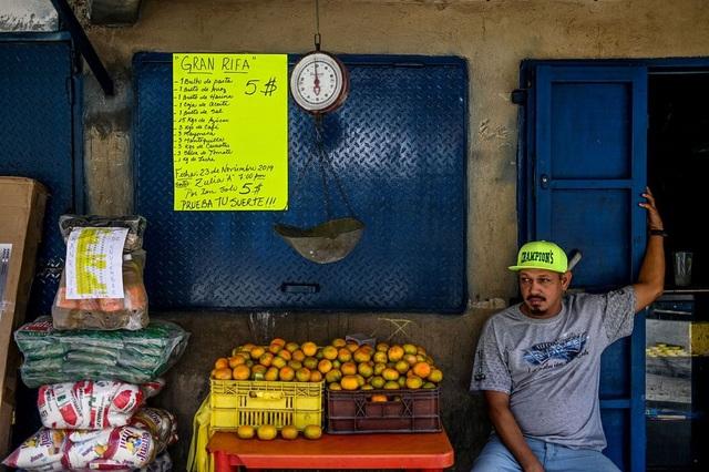 Vấn đề mới của Venezuela: Có quá nhiều tiền đô la - 3