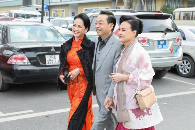 NSND Hoàng Dũng, Lan Hương lần đầu trổ tài ca hát cùng dàn diễn viên đình đám - 18