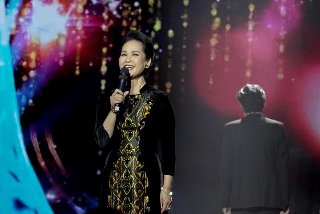 NSND Hoàng Dũng, Lan Hương lần đầu trổ tài ca hát cùng dàn diễn viên đình đám - 4