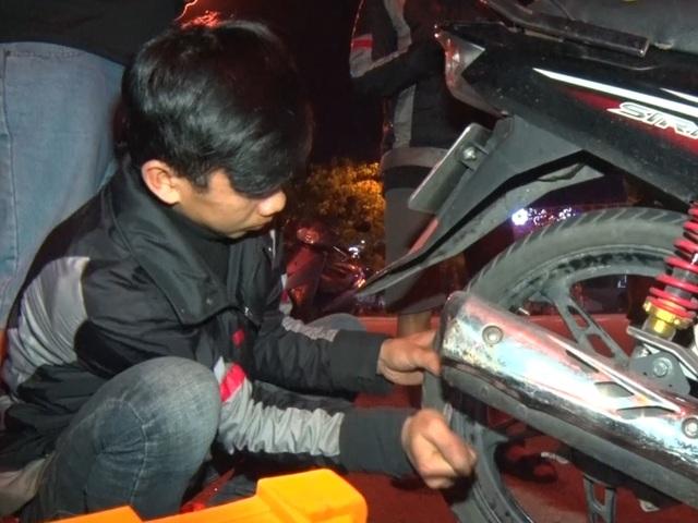 SOS Đà Nẵng: Đội cứu hộ giao thông xuyên màn đêm - 3