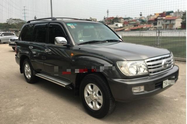 Hàng loạt ô tô cũ giá 200 triệu đồng đổ bộ chợ xe cận Tết Canh Tý - 2
