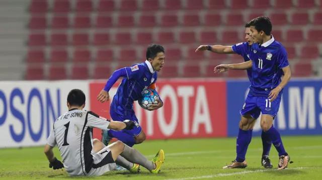 Fox Sport: Công Phượng nằm trong nhóm 10 cầu thủ làm rạng danh bóng đá châu Á - 3