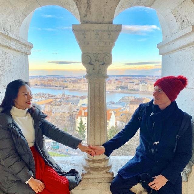 Hạnh phúc đáng ngưỡng mộ của 2 MC Việt xinh đẹp lấy chồng Tây năm 2019 - 12