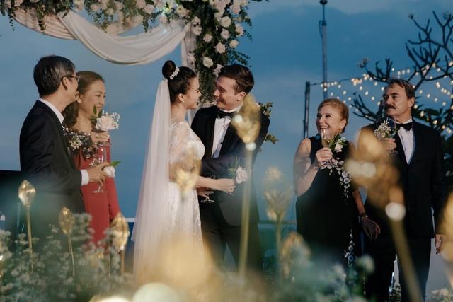 Hạnh phúc đáng ngưỡng mộ của 2 MC Việt xinh đẹp lấy chồng Tây năm 2019 - 9