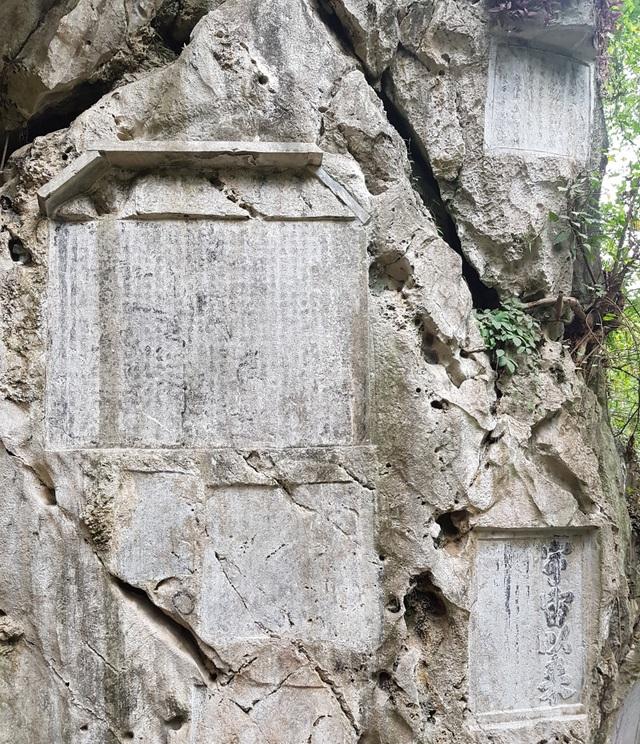 """Khám phá """"núi thơ"""" di tích quốc gia đặc biệt ở Ninh Bình - 3"""