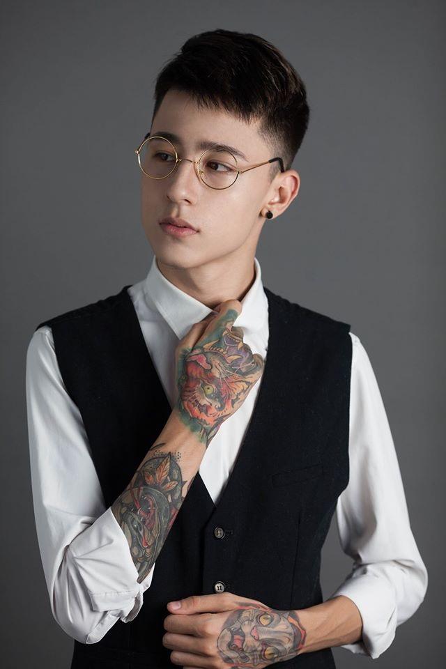 Chàng trai mang dòng máu lai Việt - Ba Lan điển trai, đam mê xăm hình - 6