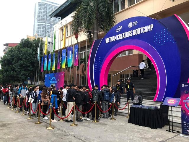 2.000 bạn trẻ Hà Nội giao lưu với các KOLs hàng đầu tại Vietnam - 1