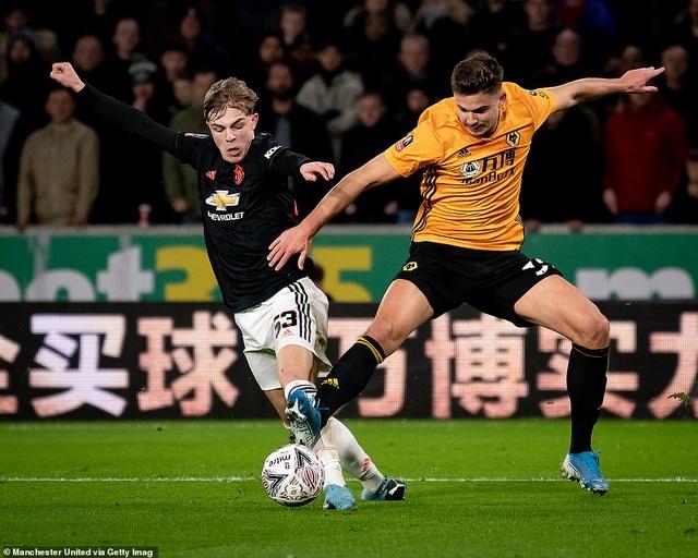 Thoát thua trên sân Wolves, Man Utd được đá lại ở FA Cup - 3