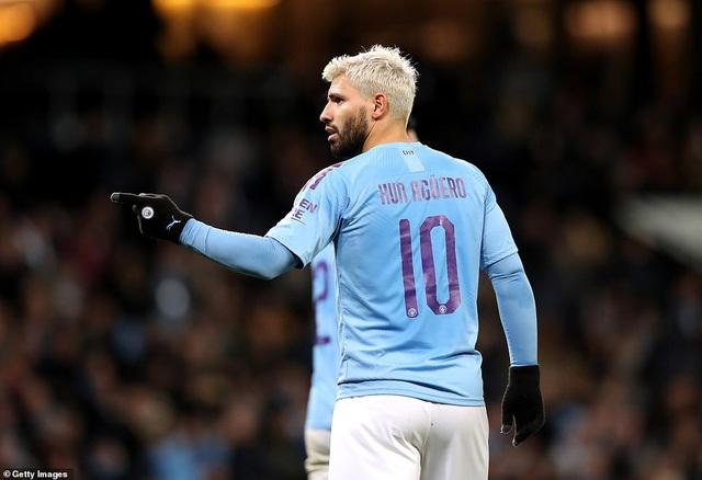 Vùi dập đội hạng tư, ĐKVĐ Man City dễ dàng tiến sâu vào FA Cup - 1