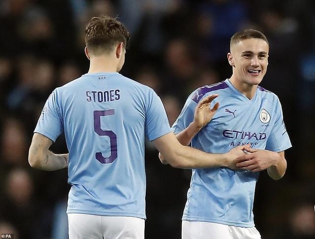 Vùi dập đội hạng tư, ĐKVĐ Man City dễ dàng tiến sâu vào FA Cup - 4
