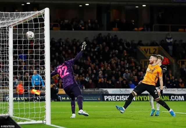 Thoát thua trên sân Wolves, Man Utd được đá lại ở FA Cup - 1