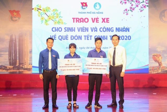Đại học Đà Nẵng tôn vinh sinh viên tiêu biểu - 2