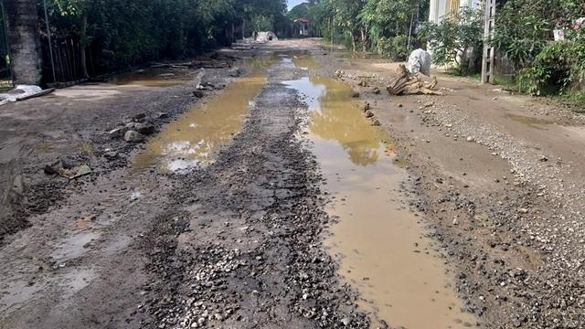 """Con đường """"đau khổ"""" tại huyện nông thôn mới đầu tiên của tỉnh Hà Tĩnh - 3"""